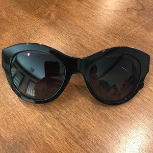 CHANEL black sunglasses 100% auth